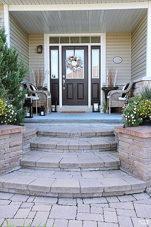 Trending-Porch-Wall-Designs-and-Ideas-2019