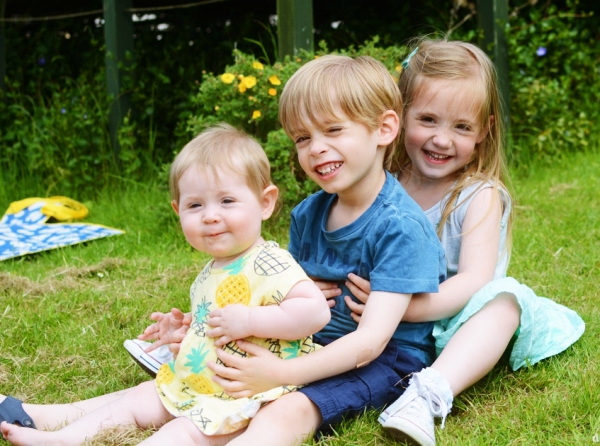 Tips-to-Enhance-and-Strengthen-Sibling-Bond