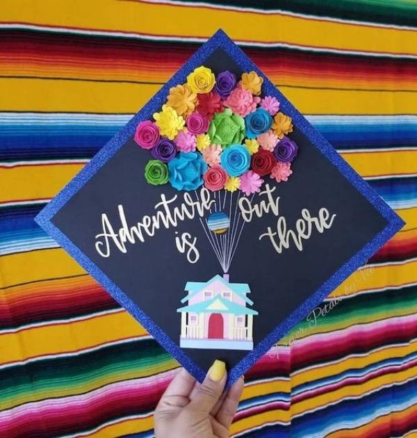 Simple-and-Speaking-Graduation-Cap-Decoration-Ideas