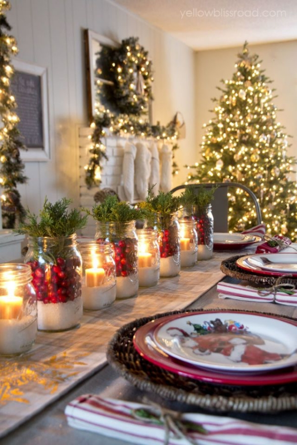 40 Elegant DIY Christmas Table Decorations and Settings